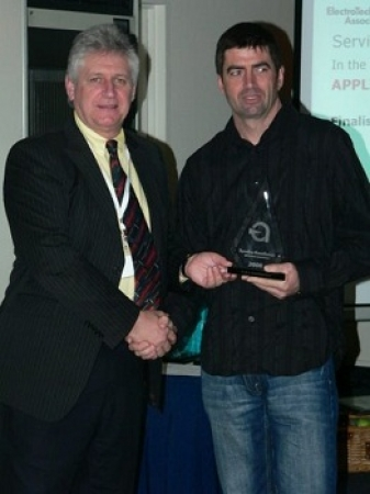 Dave Perham receiving the award for Service Excellence