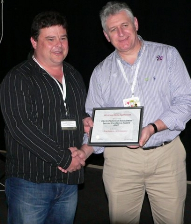 Jeff Windress (Windress Home Appliances) receiving the Service Excellence Award for Whiteware from our President, Kevin Colley