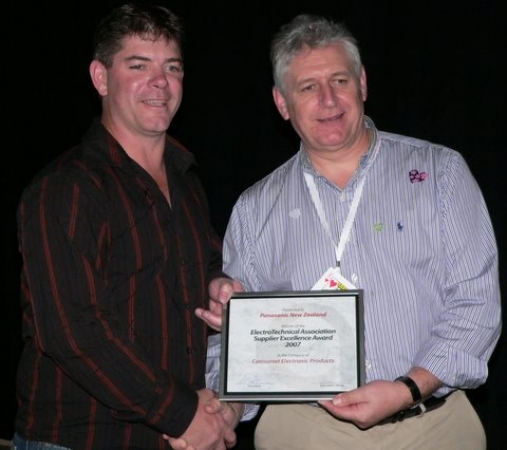 Andrew Ralph-Smith receiving the Supplier Excellence Award for Consumer Electronics on behalf of Panasonic NZ from our President, Kevin Colley